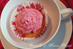 cupcake med bringebærmousse