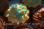 cupake med vaniljekrem og kandisert syrinblomst