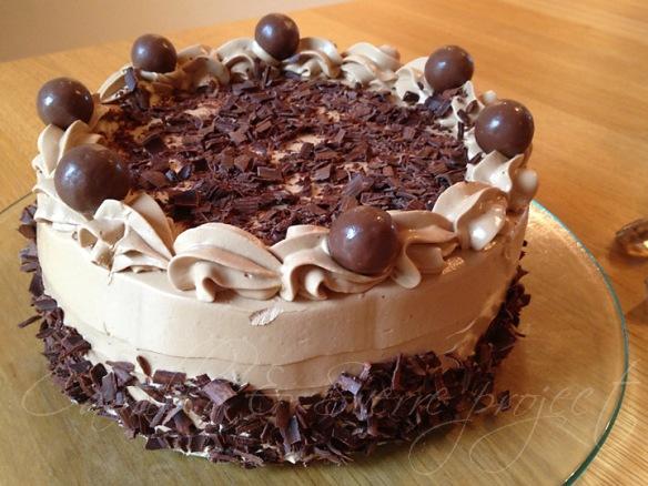 Kirsebær vanilje sjokolade kake 1
